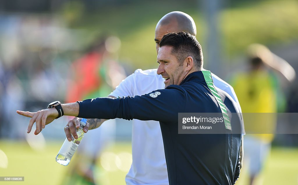 Cork , Ireland - 31 May 2016; <a gi-track='captionPersonalityLinkClicked' href=/galleries/search?phrase=Robbie+Keane&family=editorial&specificpeople=171824 ng-click='$event.stopPropagation()'>Robbie Keane</a> and <a gi-track='captionPersonalityLinkClicked' href=/galleries/search?phrase=Darren+Randolph&family=editorial&specificpeople=3947785 ng-click='$event.stopPropagation()'>Darren Randolph</a> of Republic of Ireland before the EURO2016 Warm-up International between Republic of Ireland and Belarus in Turners Cross, Cork.
