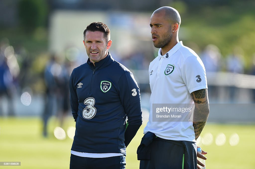 Cork , Ireland - 31 May 2016; <a gi-track='captionPersonalityLinkClicked' href=/galleries/search?phrase=Robbie+Keane&family=editorial&specificpeople=171824 ng-click='$event.stopPropagation()'>Robbie Keane</a>, left, and <a gi-track='captionPersonalityLinkClicked' href=/galleries/search?phrase=Darren+Randolph&family=editorial&specificpeople=3947785 ng-click='$event.stopPropagation()'>Darren Randolph</a> of Republic of Ireland before the EURO2016 Warm-up International between Republic of Ireland and Belarus in Turners Cross, Cork.