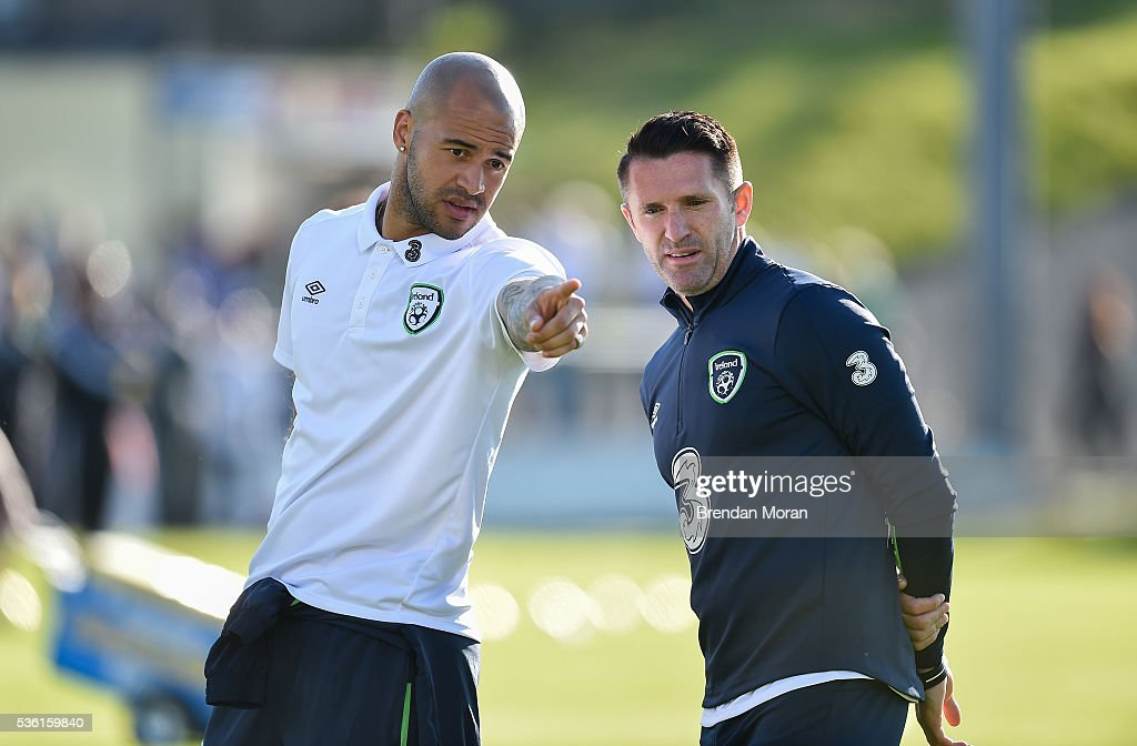 Cork , Ireland - 31 May 2016; <a gi-track='captionPersonalityLinkClicked' href=/galleries/search?phrase=Robbie+Keane&family=editorial&specificpeople=171824 ng-click='$event.stopPropagation()'>Robbie Keane</a>, right, and <a gi-track='captionPersonalityLinkClicked' href=/galleries/search?phrase=Darren+Randolph&family=editorial&specificpeople=3947785 ng-click='$event.stopPropagation()'>Darren Randolph</a> of Republic of Ireland before the EURO2016 Warm-up International between Republic of Ireland and Belarus in Turners Cross, Cork.