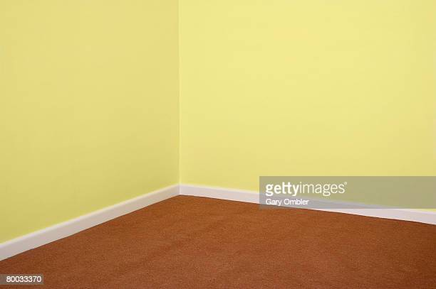 Skirting board stock photos and pictures getty images for Brown and yellow walls