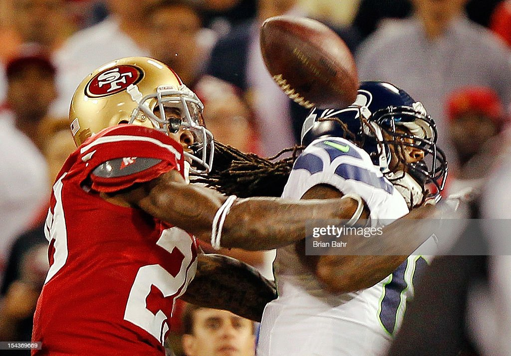 Cornerback Chris Culliver #29 of the San Francisco 49ers breaks up a pass intended for wide receiver <a gi-track='captionPersonalityLinkClicked' href=/galleries/search?phrase=Sidney+Rice&family=editorial&specificpeople=793737 ng-click='$event.stopPropagation()'>Sidney Rice</a> #18 of the Seattle Seahawks in the fourth quarter on October 18, 2012 at Candlestick Park in San Francisco, California. The 49ers won 13-6.