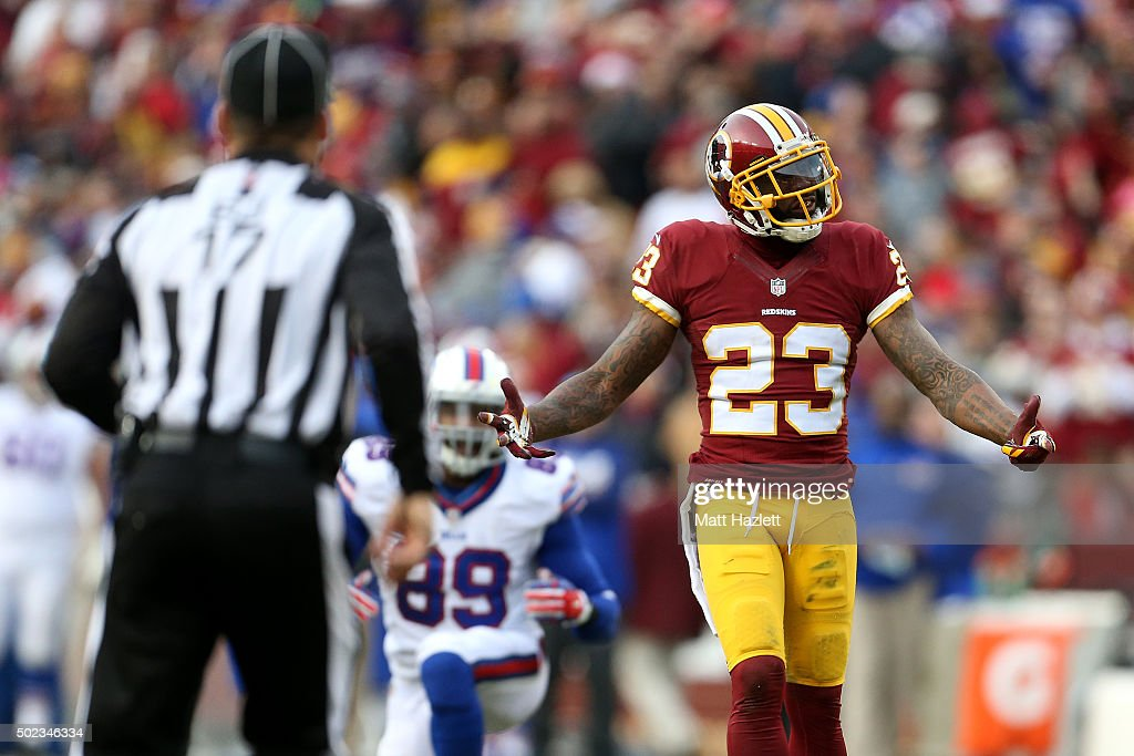Cornerback DeAngelo Hall of the Washington Redskins reacts to a play against the Buffalo Bills in the fourth quarter at FedExField on December 20...