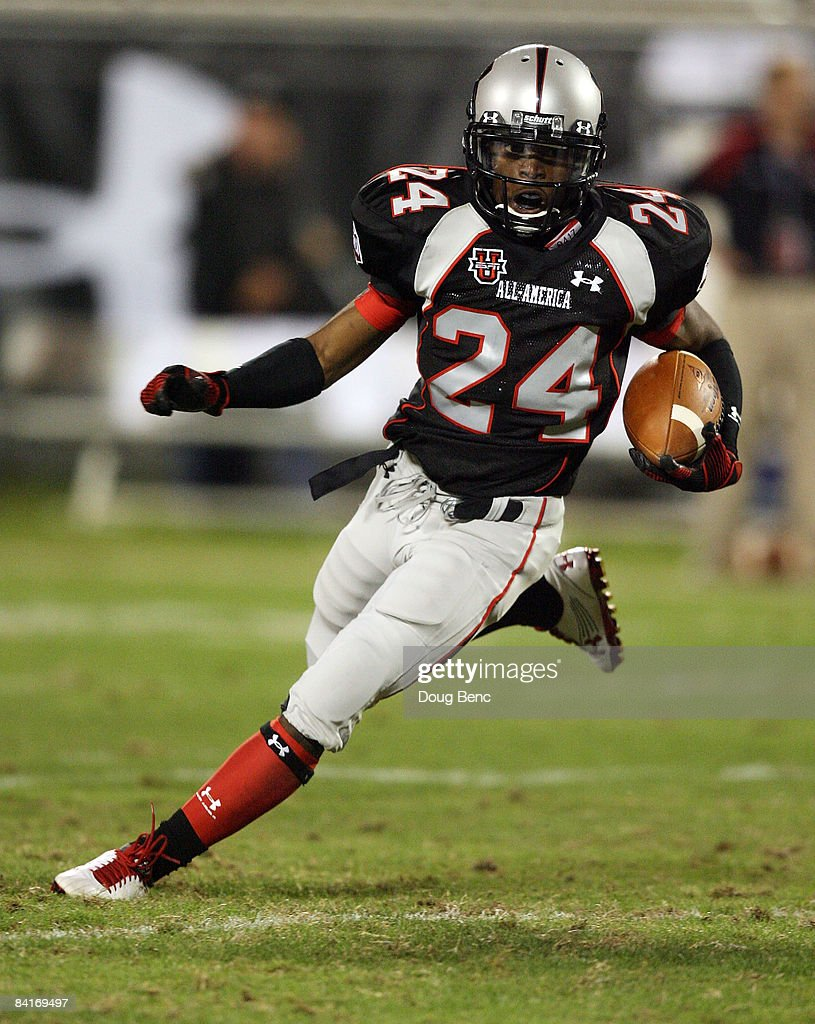 Cornerback Greg Reid of the black team returns an interception in the All America Under Armour Footbal Game at Florida Citrus Bowl on January 4 2009...