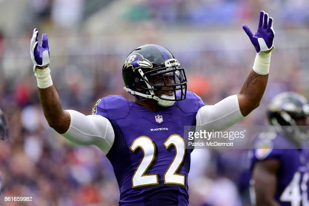 Cornerback Jimmy Smith of the Baltimore Ravens reacts during the first quarter against the Chicago Bears at MT Bank Stadium on October 15 2017 in...
