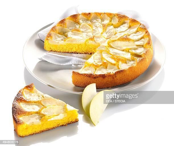 Cornmeal cake with apple