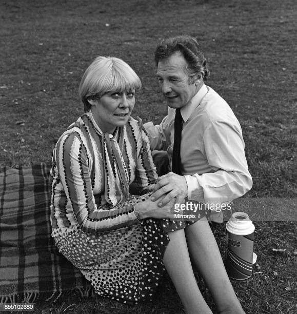 Coronation Street actress Liz Dawn with Derek Bennett 18th April 1982