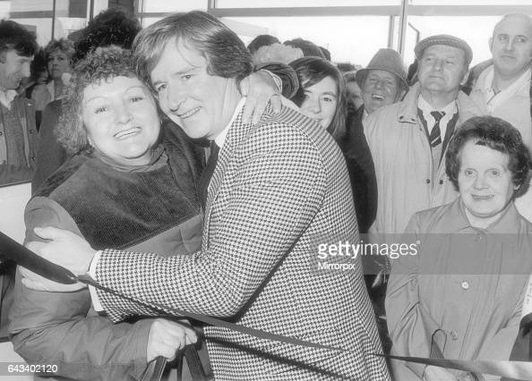 Canley Stock Photos and Pictures | Getty Images