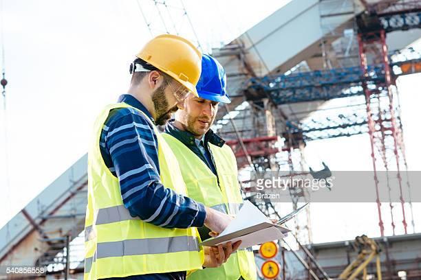 Geschäftsreisen im der Bauwirtschaft bringt extra Gewinn