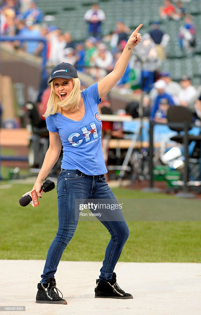 EXTRA correspondent and and SiriusXM host Jenny McCarthy is seen on field prior to Game 3 of the NLCS between the New York Mets and the Chicago Cubs...