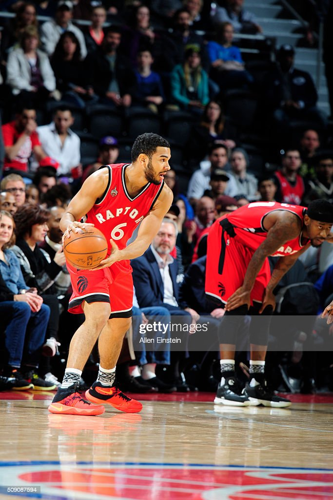 Cory Joseph #6 of the Toronto Raptors handles the ball against the Detroit Pistons on February 8, 2016 at The Palace of Auburn Hills in Auburn Hills, Michigan.