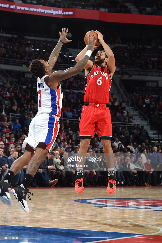 <a gi-track='captionPersonalityLinkClicked' href=/galleries/search?phrase=Cory+Joseph&family=editorial&specificpeople=5953537 ng-click='$event.stopPropagation()'>Cory Joseph</a> #6 of the Toronto Raptors shoots against the Detroit Pistons on February 8, 2016 at The Palace of Auburn Hills in Auburn Hills, Michigan.