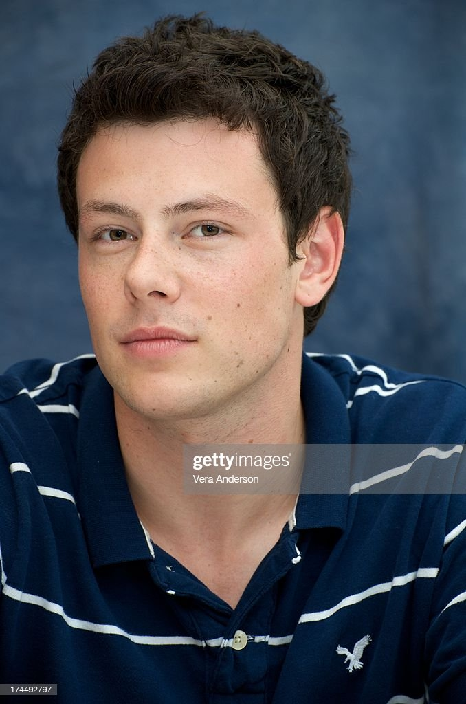 <a gi-track='captionPersonalityLinkClicked' href=/galleries/search?phrase=Cory+Monteith&family=editorial&specificpeople=4491048 ng-click='$event.stopPropagation()'>Cory Monteith</a> at the 'Glee' set visit on July 20, 2009 in Hollywood, California.