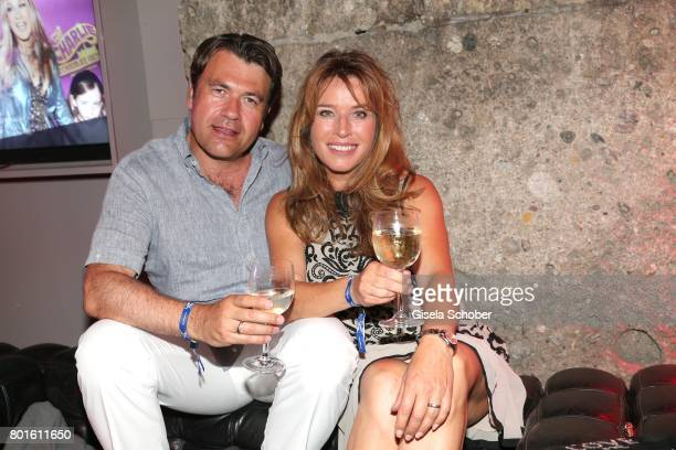 MUNICH GERMANY JUNE 26 Cosima von Borsody and her husband Bernhard Hock during the Movie meets Media Party during the Munich Film Festival on June 26...