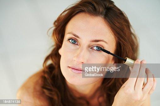 Cosmetic applicator