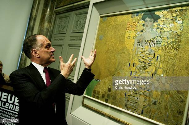 Cosmetics magnate Ronald Lauder discusses the painting 'Adele BlochBauer I' by Gustav Klimt at the Neue Galerie Museum July 12 2006 in New York City...