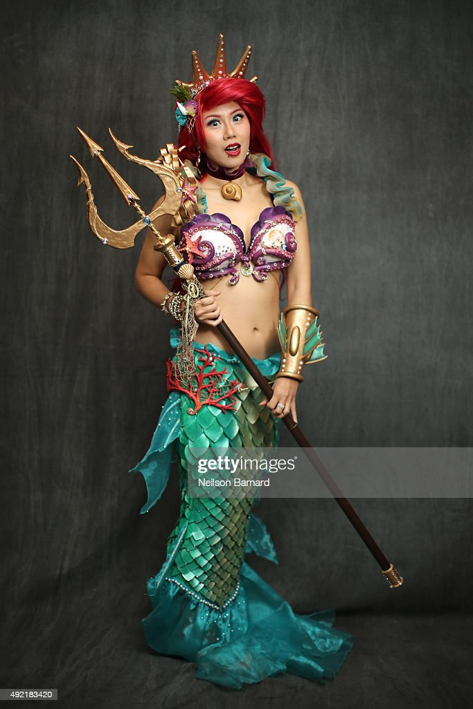 A cosplayer as Ariel from The Little Mermaid during the New York Comic Con 2015 at The Jacob K Javits Convention Center on October 10 2015 in New...