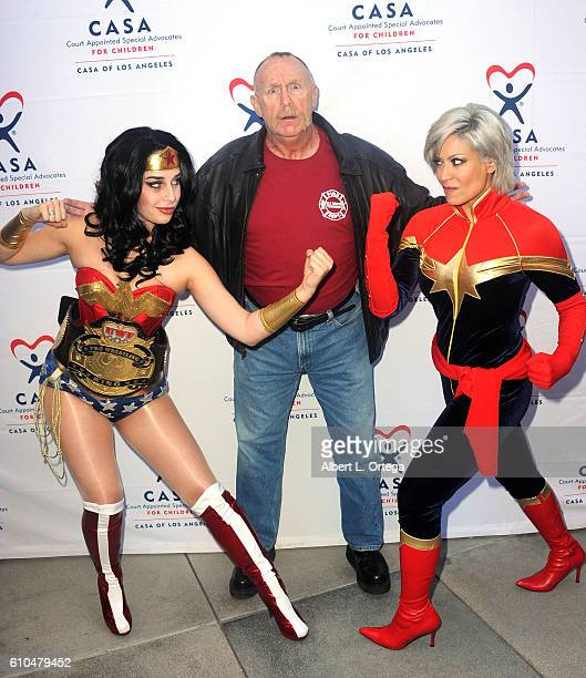 Cosplayer Eiraina Schmolesky actor Al Burke and cosplayer Melina Perez participate in the 2016 Justice Jog 5K to benefit Casa LA on September 25 2016...
