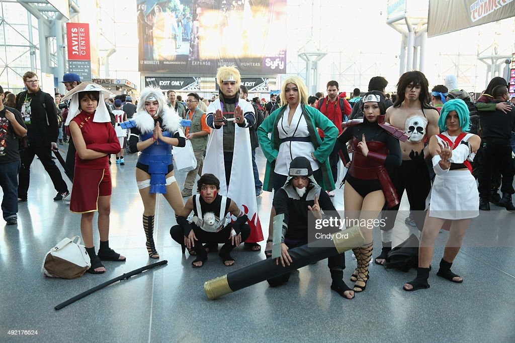 Cosplayers pose at New York Comic Con 2015 on October 10 2015 in New York United States 25749_002 287JPG