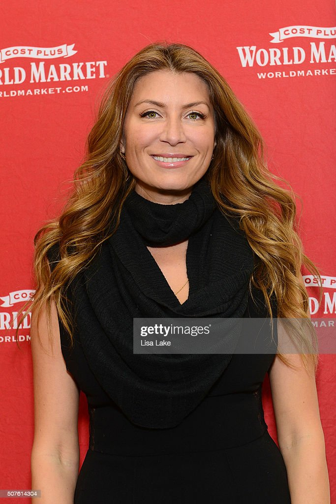 Genevieve Gorder Nude Photos 79