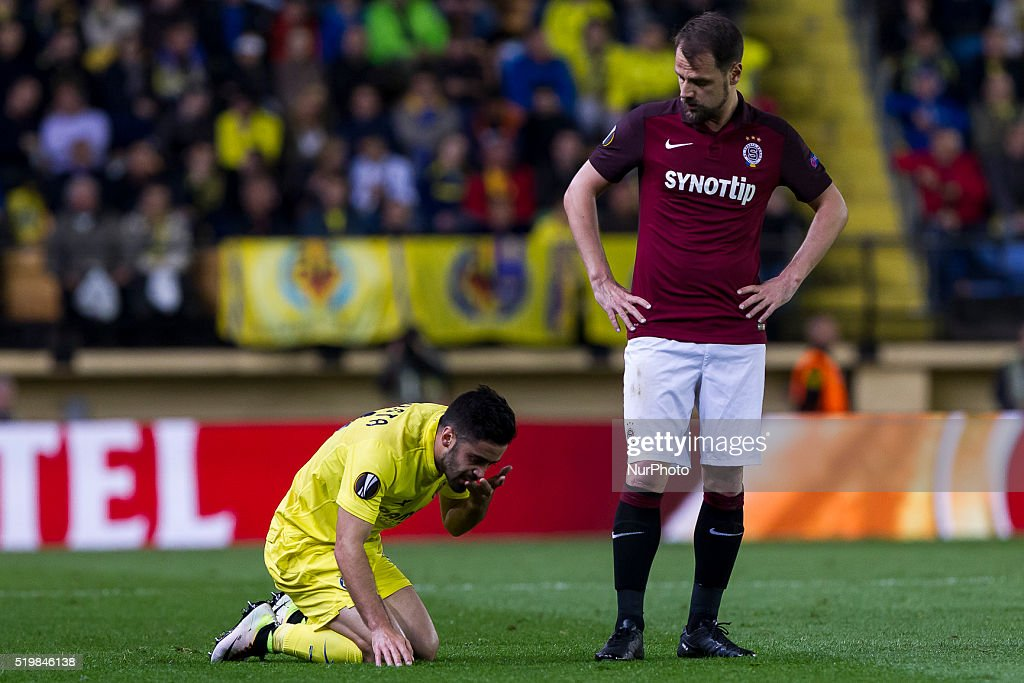 11 J. Costa del Villarreal CF (L) and 08 <a gi-track='captionPersonalityLinkClicked' href=/galleries/search?phrase=Marek+Matejovsky&family=editorial&specificpeople=3933822 ng-click='$event.stopPropagation()'>Marek Matejovsky</a> of AC Sparta Prague (R) during UEFA Europa League quarterfinals first leg match between Villarreal CF v Sparta Prague at El Madrigal Stadium in Villarreal on April 7, 2016.
