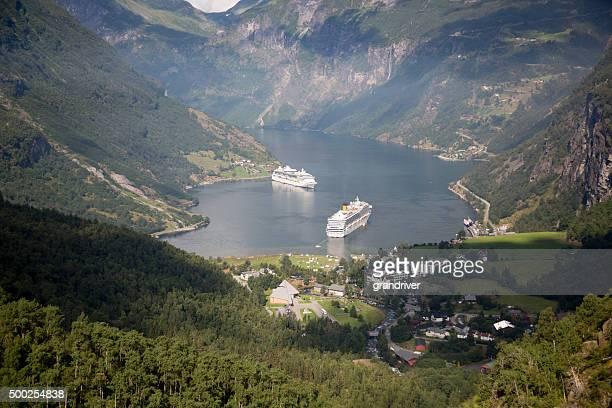 Costa Fortuna y brillo de los mares en Noruega