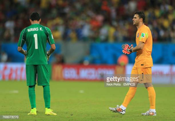 Costa Rica goalkeeper Keylor Navas and Greece goalkeeper Orestis Karnezis before the penalty shootout