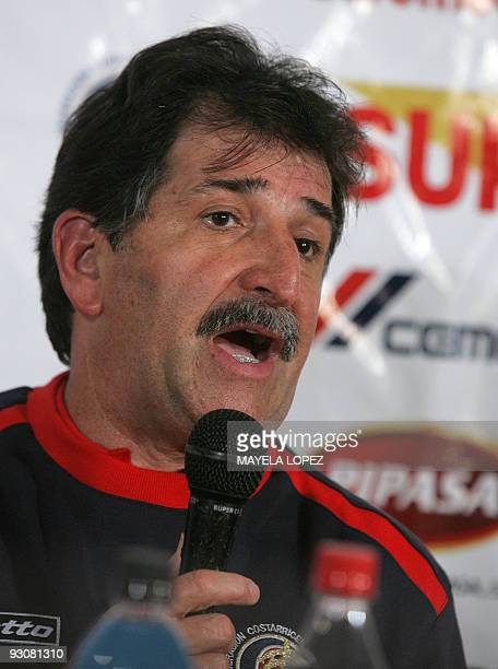 Costa Rican national football team head coach Brazilian Rene Simoes speaks during a press conference after their FIFA World Cup South Africa 2010...