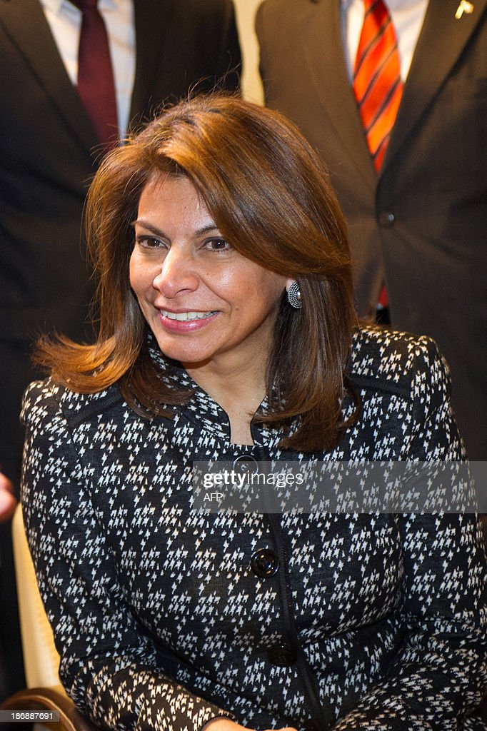 Costa Rican President Laura Chinchilla is pictured during a meeting with students on November 4, 2013 at the Euro-Latino American political science university campus in the central French town of Poitiers, as part of her official visit to France.