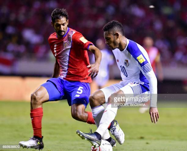 Costa Rica's football player Celso Borges vies for the ball with Panama's Ismael Daiz during their World Cup 2018 CONCACAF qualifiers football match...