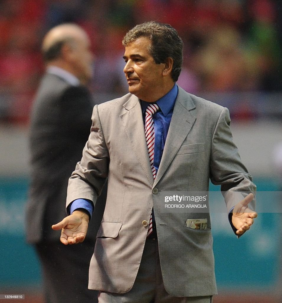 Costa Rica's football team Coach Colombian <a gi-track='captionPersonalityLinkClicked' href=/galleries/search?phrase=Jorge+Luis+Pinto&family=editorial&specificpeople=2548389 ng-click='$event.stopPropagation()'>Jorge Luis Pinto</a> reacts during a friendly match against Spain at the National Stadium in San Jose on November 15, 2011. AFP PHOTO/Rodrigo ARANGUA