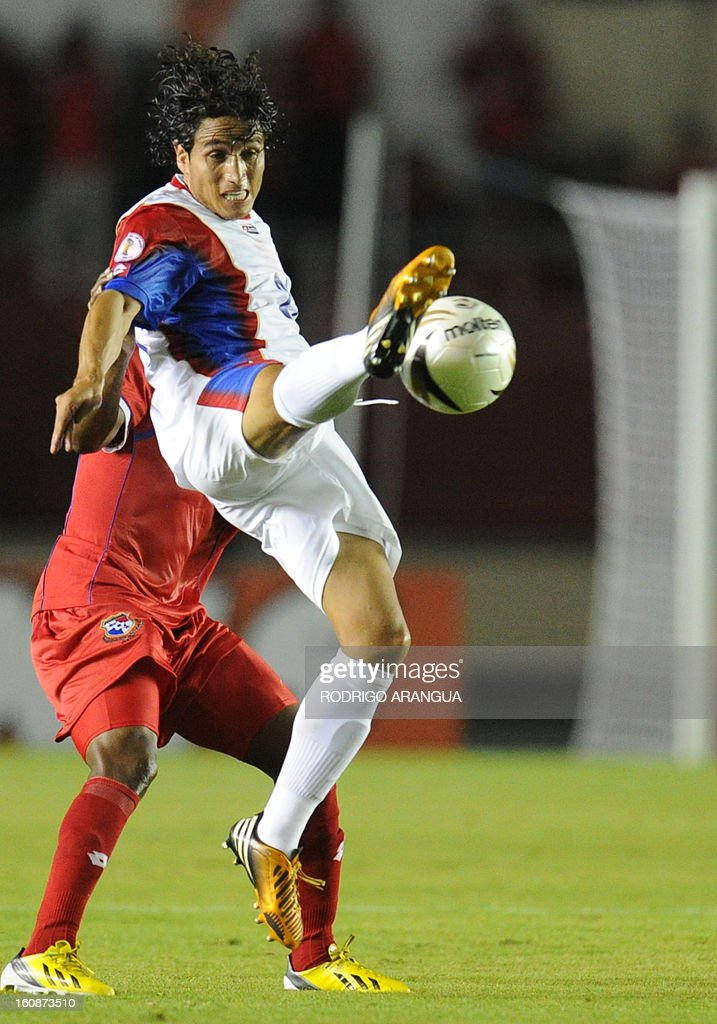 Costa Rica's forward Randall Brenes jumps for the ball during their FIFA World Cup Brazil 2014 CONCACAF qualifier football match against Panama at the Rommel Fernandez Stadium in Panama City on February 6, 2013. AFP PHOTO/ Rodrigo ARANGUA