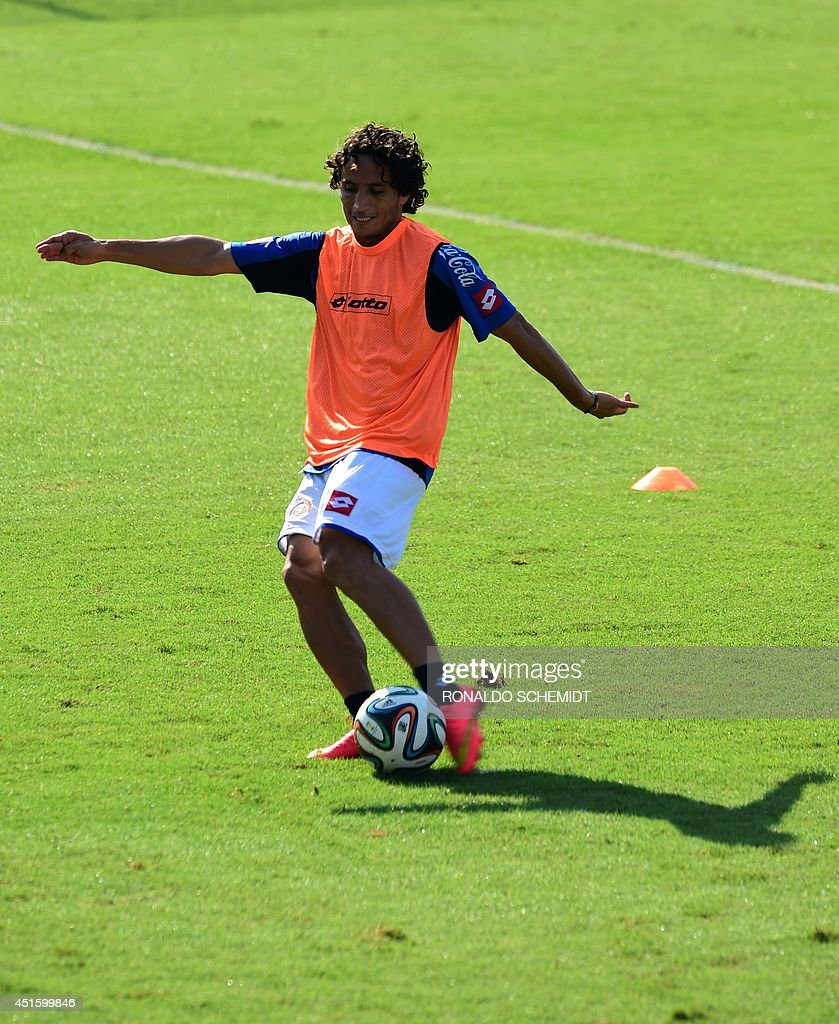 Costa Rica's forward <a gi-track='captionPersonalityLinkClicked' href=/galleries/search?phrase=Randall+Brenes&family=editorial&specificpeople=2275484 ng-click='$event.stopPropagation()'>Randall Brenes</a> takes part in a training session at the Vila Belmiro Stadium, in Santos, Sao Paulo State, on July 2, 2014, during the 2014 FIFA World Cup in Brazil.