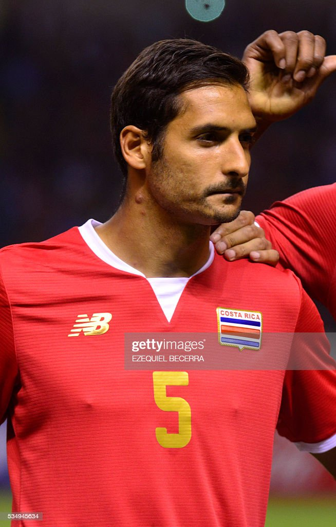 Costa Rica's player Celso Borges poses for pictures before the start of a friendly match against Venezuela, at the National Stadium in San Jose on May 27, 2016. / AFP / Ezequiel Becerra