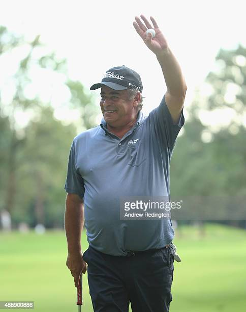 Costantino Rocca of Italy waves goodbye to the crowd on the 18th green during the second round of the 72nd Open d'Italia at Golf Club Milano on...