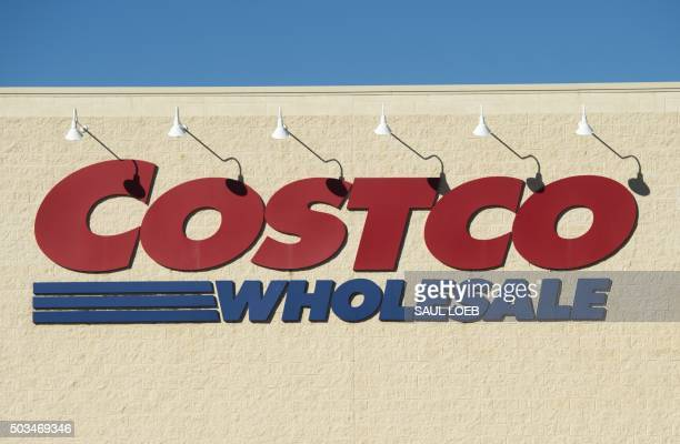 A Costco Wholesale warehouse location in Woodbridge Virginia January 5 2016 AFP PHOTO / SAUL LOEB / AFP / SAUL LOEB