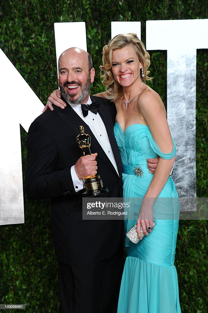 Costume designer Mark Bridges (L) and actress Missi Pyle arrive at the 2012 Vanity Fair Oscar Party hosted by Graydon Carter at Sunset Tower on February 26, 2012 in West Hollywood, California.