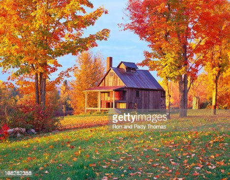 A cottage in a country side in Vermont in Autumn