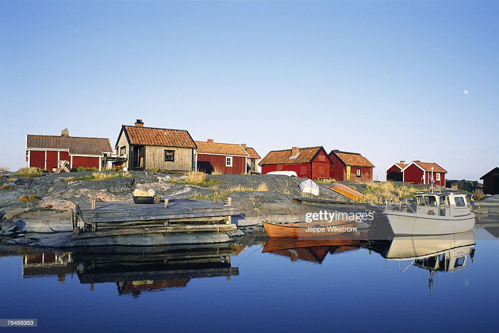 Cottages in the archipelago.