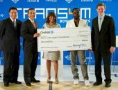 Councilman Jose Huizar Los Angeles Mayor Antonio Villaraigosa Kimberly B Davis william and Ryan McInerney pose with the check from Chase Bank to...