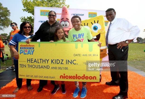 Councilwoman Raquel Lopez founder of Healthy Kidz Inc Maria Lawton The Haunted Hathaways actors Breanna and Curtis and Detroit Deputy Mayor Isaiah...