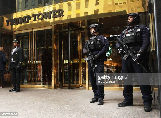Counter terrorism officers stand in front of Trump Tower in Manhattan on March 20 2017 in New York City Senate Minority Leader Chuck Schumer has been...