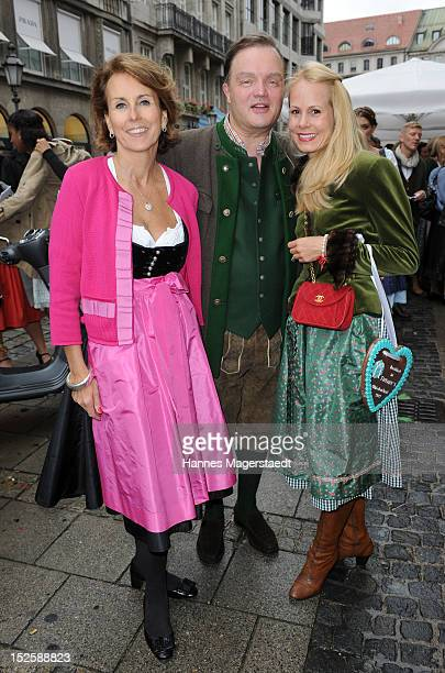 Countess Gitta Lambsdorff Alexander zu SchaumburgLippe and Nadja Anna zu SchaumburgLippe attend the Tiffany Wiesn in front of the Tiffany shop before...