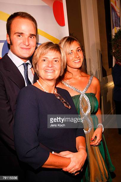 Countess Gloria von Thurn und Taxis with her son Albert and daughter Elisabeth during a carnival session on January 18 2008 in Aachen Germany Gloria...
