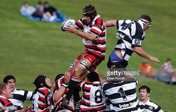 Counties No5 Ramon Lindsay wins the ball in the line out as Hawkes Bay No5 Rob Evans gets his shorts pulled down during the Air New Zealand Rugby NPC...