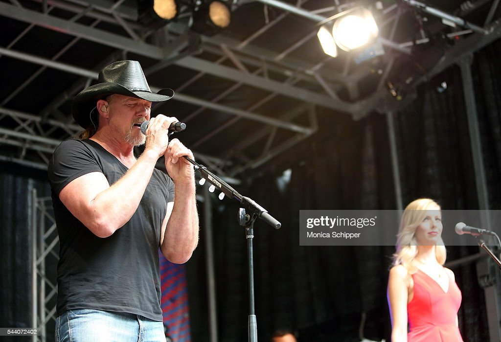 Country music singer <a gi-track='captionPersonalityLinkClicked' href=/galleries/search?phrase=Trace+Adkins&family=editorial&specificpeople=224686 ng-click='$event.stopPropagation()'>Trace Adkins</a> performs during 'FOX & Friends' All American Concert Series outside of FOX Studios on July 1, 2016 in New York City.