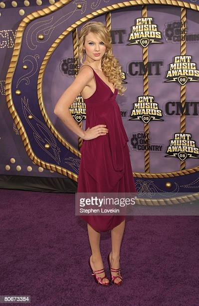 Country music singer/songwriter Taylor Swift attends the 2008 CMT Music Awards at the Curb Events Center at Belmont University on April 14 2008 in...