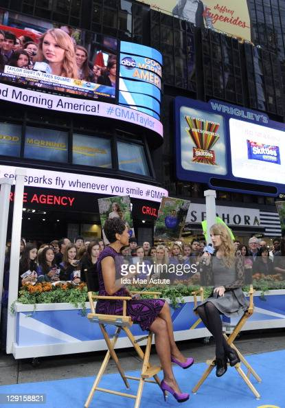 AMERICA Country Music Star Taylor Swift appears on 'Good Morning America' 10/13/11 airing on the ABC Television Network ROBIN