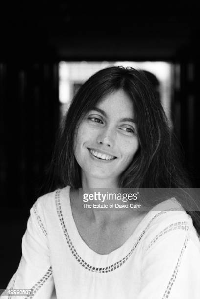 Country singer Emmylou Harris poses for a portrait in September 1975 in New York City New York
