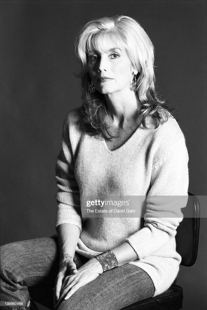 Country Singer Emmylou Harris poses for a portrait in September 1999 in Brooklyn, New York City, New York.