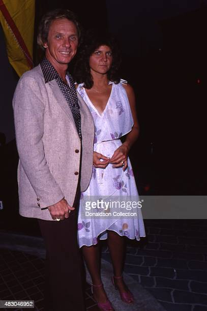 Country singer Mel Tillis attends an event with his wife in July 1980 in Los Angeles California